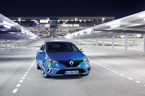 Renault motor s hudo napako
